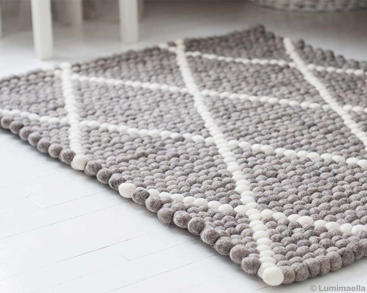 Grey White Rugs Diamond Pattern 2