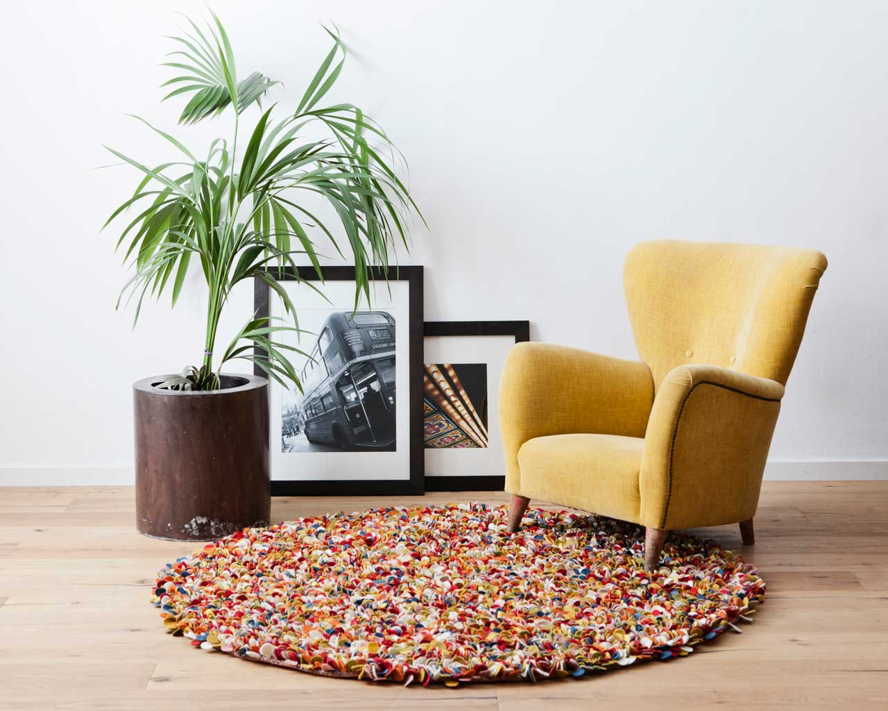 fifties style photo shoot carpet