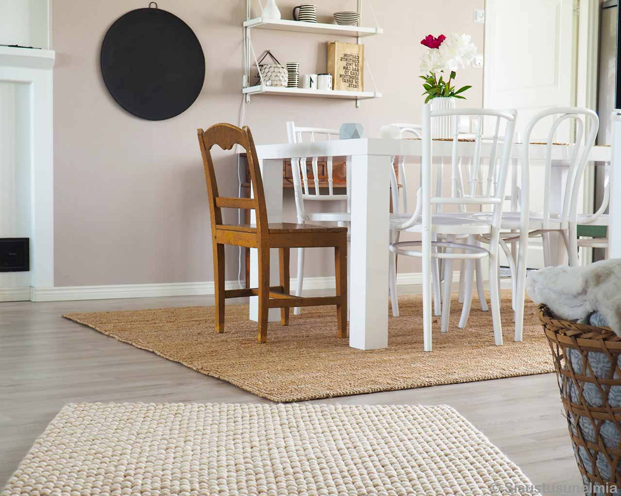 offwhite white felted carpet dining table chairs 1